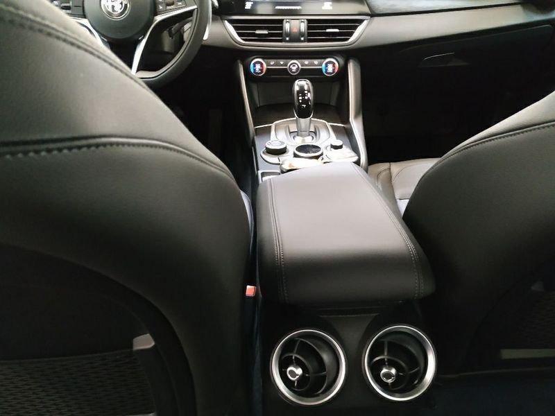 Alfa Romeo Giulia  2.2 Turbodiesel 180 CV AT8 Executive